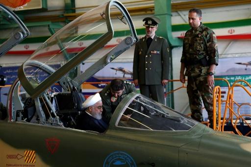 L'Iran dévoile son premier avion de combat