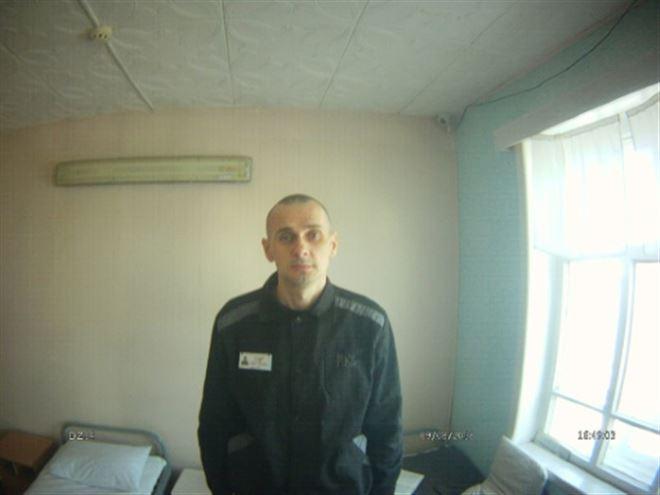 Appels à libérer Sentsov au 100e jour de sa grève de la faim