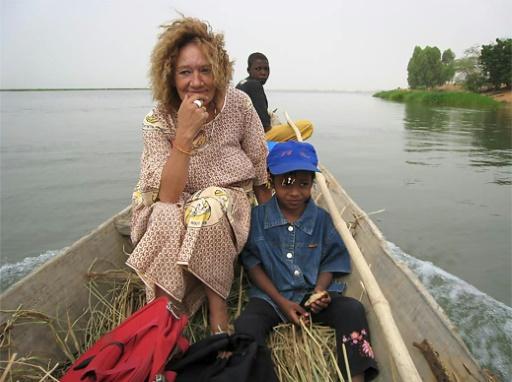 Otage française au Mali: l'exécutif répond aux critiques de la famille
