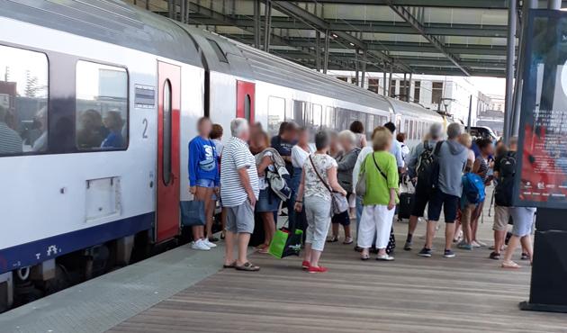 La galère de Mireille pour rentrer à Liège après sa journée à la mer: