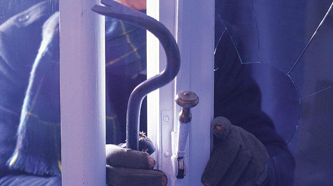 Pris en flagrant délit: deux hommes arrêtés en plein cambriolage à Namur