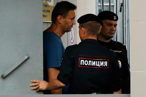 L'opposant russe Navalny interpellé et blessé légèrement