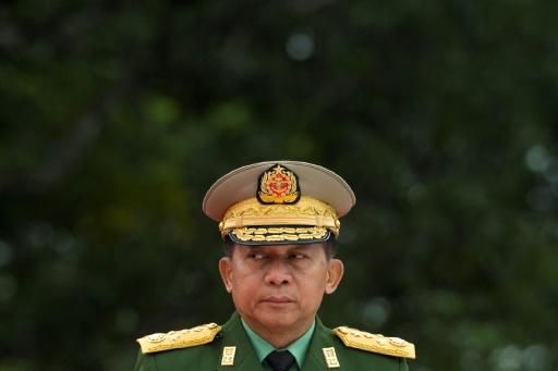 Birmanie: la page du chef de l'armée fermée par Facebook
