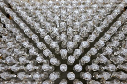 Les ampoules halogènes s'éteignent, les LED vont en profiter