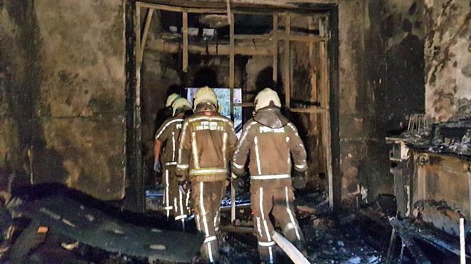 Drame évité à Lodelinsart: l'habitante du rez-de-chaussée quitte un immeuble en feu sans alerter son voisin du dessus