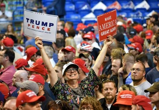 Les femmes et républicains aisés, déterminants pour les législatives américaines