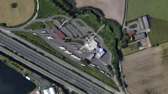 Un blessé par balle lors d'une bagarre entre migrants sur un parking d'autoroute en Flandre