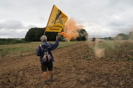 Manifestation contre l'accaparement des terres par des investisseurs chinois