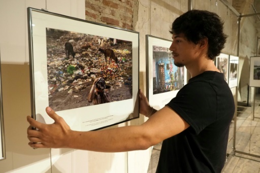 Au festival Visa pour l'image, les clichés saisissants d'un monde qui va mal
