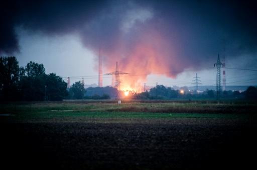 Allemagne: huit blessés dans l'incendie d'une raffinerie