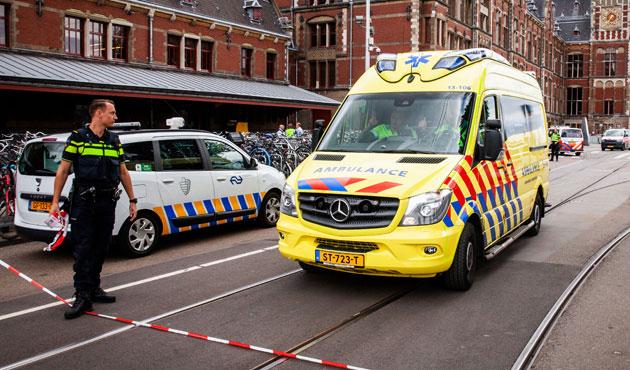 Attaque au couteau à Amsterdam: on en sait plus sur l'agresseur