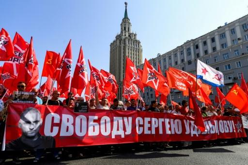 Des milliers de russes défilent contre la réforme des retraites