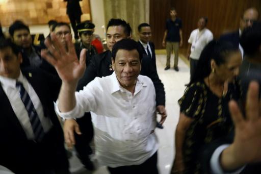 Duterte s'excuse pour avoir insulté Obama