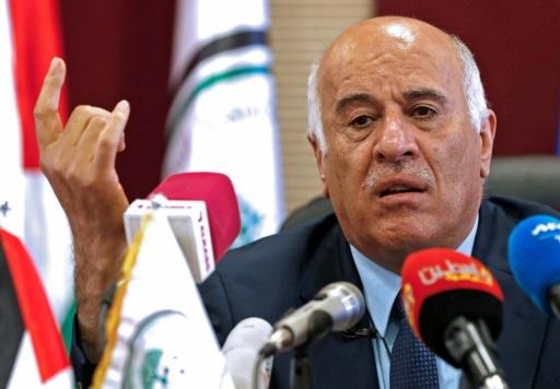 Suspendu un an, le président de la fédération palestinienne dénonce une décision
