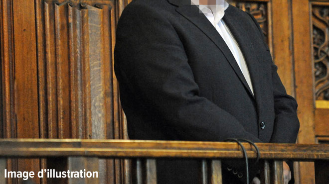 Il assomme un client du bar insistant qui vient d'importuner sa femme: la justice l'a condamné