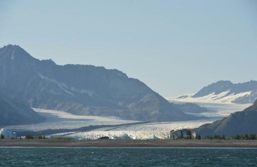 Climat: avec la fonte des glaces, plus de glissements de terrain et de risques de tsunamis