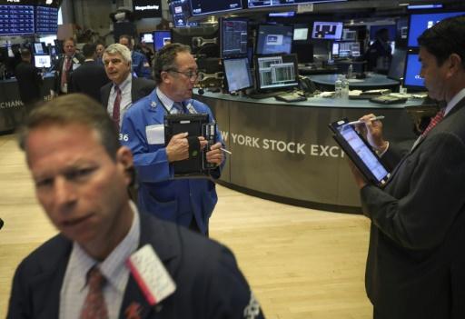 Wall Street, affaiblie par le pétrole et la tech, finit en ordre dispersé