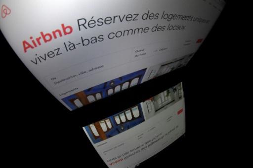 Paris: un élu veut chasser Airbnb du centre touristique