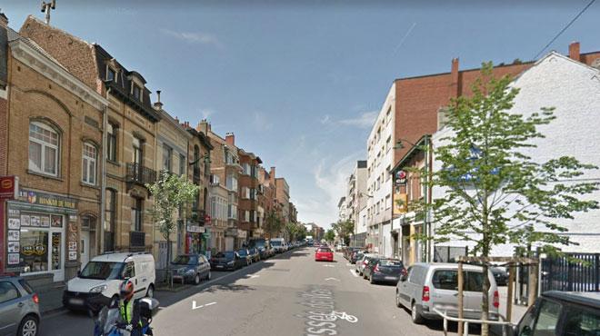 Une sexagénaire violemment agressé avec un chariot de courses à Etterbeek