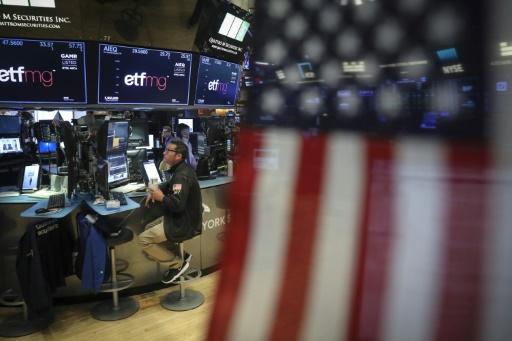 Wall Street, au terme d'une séance agitée, finit en baisse