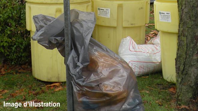 Les communes devront payer pour les déchets issus de la production de drogue: