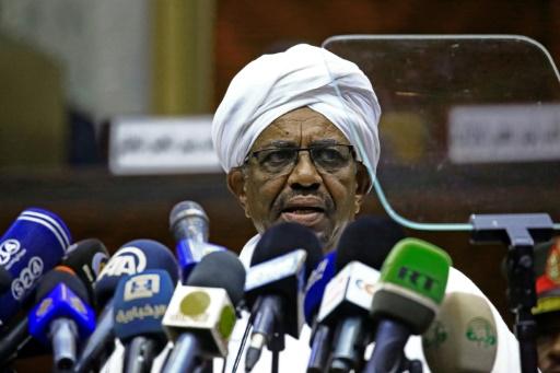 Soudan: le Premier ministre entre en fonction sur fond de crise économique