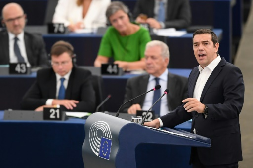 Au Parlement européen, Tsipras alerte sur