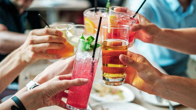 Un scientifique belge DÉMONTE totalement l'étude sur la dangerosité de l'alcool: pas 37% de risque, mais seulement 1,3%