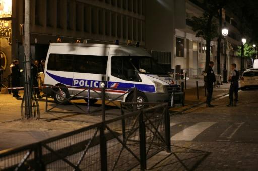 Agression au couteau à Paris: le suspect n'a pas agi sous l'effet de la drogue