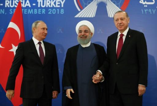Idleb: Erdogan appelle Moscou et Téhéran à empêcher une