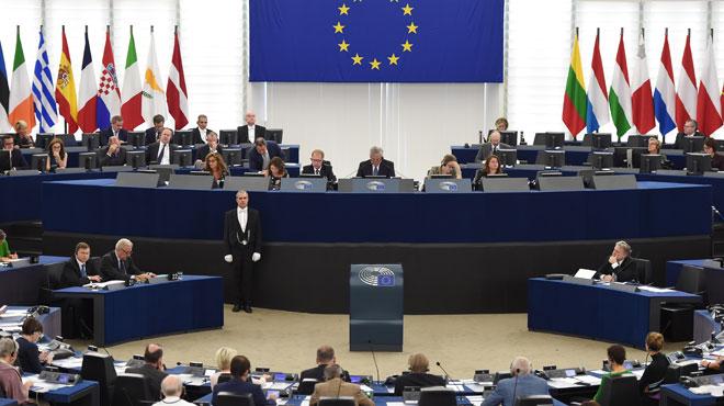 Les députés européens font craindre le pire aux constructeurs automobiles: -40% d'émissions de CO2 d'ici 12 ans!