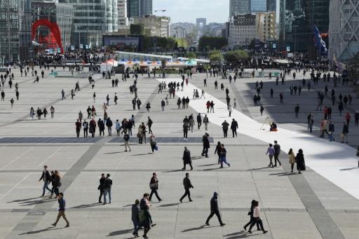 L'emploi salarié continue de patiner au deuxième trimestre