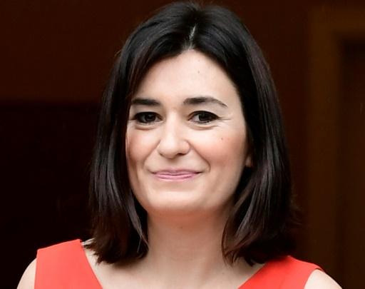 Espagne : une ministre démissionne pour un diplôme douteux
