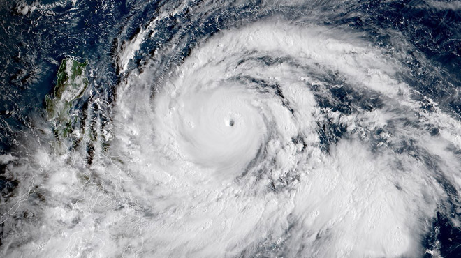 VIDEOS. Le typhon Mangkhut sème le chaos et la mort en Asie