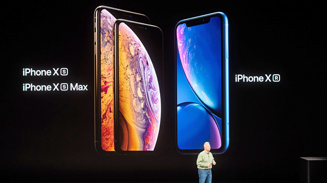 Apple dévoile deux nouveaux modèles d'iPhone: un très grand et un
