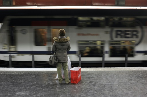 Panne sur le RER A: 1.400 personnes bloquées dans un tunnel pendant trois heures