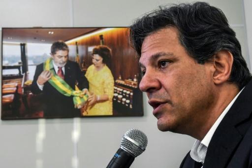 Brésil: Haddad entend bien séduire les électeurs de Lula, malgré leur