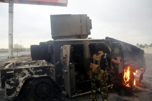 Yémen: discussions sur une reprise des pourparlers de paix, combats autour de Hodeida