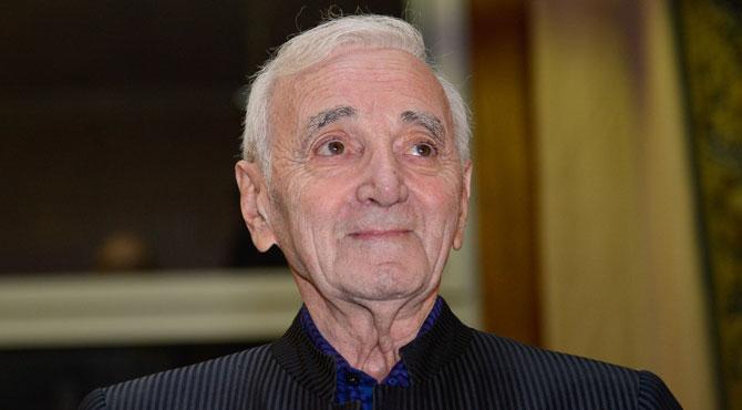 Charles Aznavour sort d'un silence de plusieurs mois suite au décès de Johnny Hallyday: voici sa proposition à David