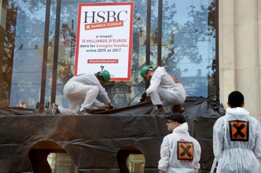 Série d'actions d'Attac en France pour dénoncer la finance