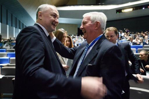 Dopage: l'AMA, sous le feu des critiques, tente d'éteindre l'incendie russe