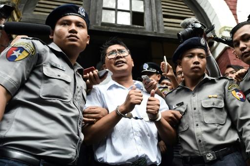 Manifestation en Birmanie pour deux journalistes de Reuters emprisonnés