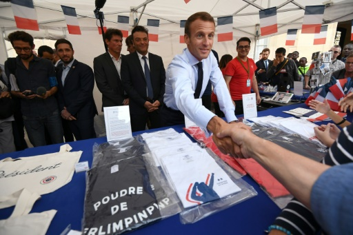 Produits dérivés de l'Élysée: près de 350.000 euros de produits vendus en 3 jours
