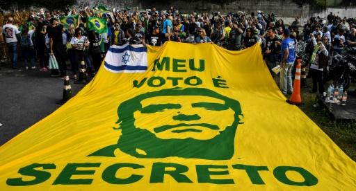 Présidentielle au Brésil : Bolsonaro et Haddad en tête des intentions de vote