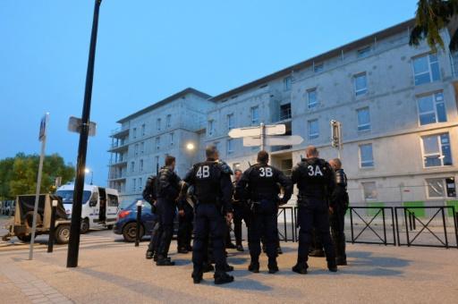 Police: les