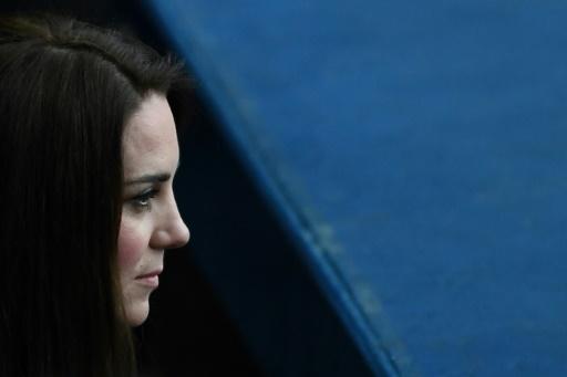 Photos de Kate Middleton seins nus: amendes maximales pour Closer confirmées
