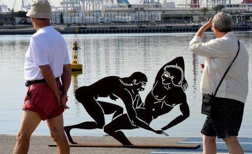 Des sculptures explicitement sexuelles créent la controverse en Espagne