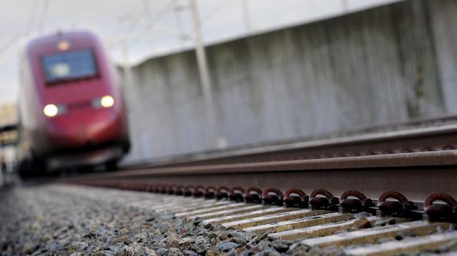 Happés par un train, quatre enfants tués sur la route vers l'école