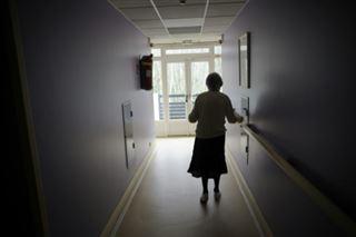 Alzheimer- il faut trouver des alternatives à l'Ehpad et aider les aidants