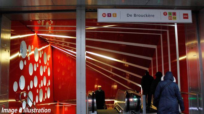 Chute de tension, nausée, mal au dos- une dizaine de personnes ont été intoxiquées dans le métro bruxellois au même moment… 1